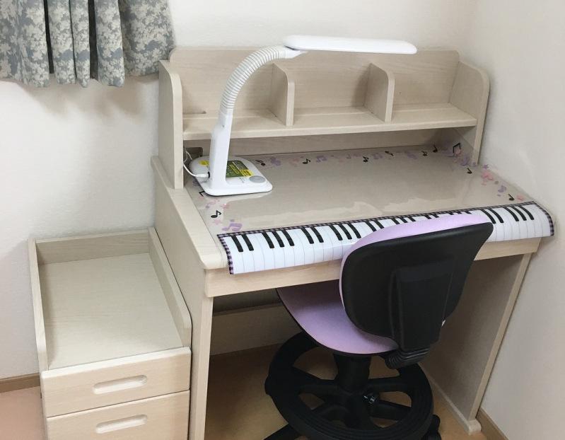 学習 机 ニトリ ニトリの学習机を実際使って口コミ(組み合わせデスク:ルミエ:姫系)  