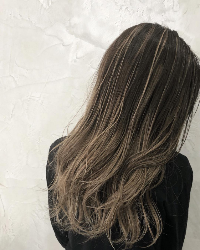 髪 ハイ ライト